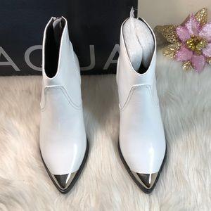 AQUA Pointed Toe Leather Mid Heel Booties 6M